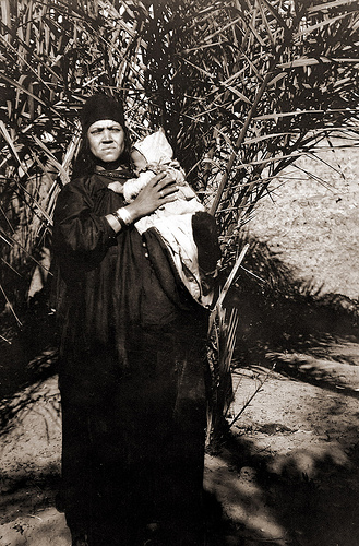 the-caption-says-persian-bedouin-mother-with-her-child.jpg